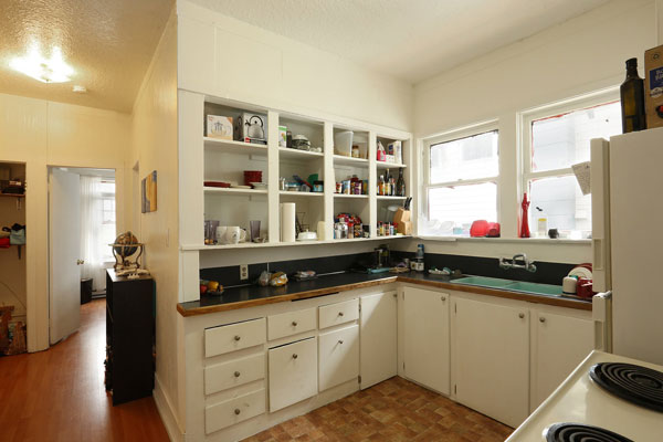5254-N-WILLIAMS-AVE–kitchen-and-hallway2