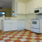 155-SE-Hawthorne–kitchen1