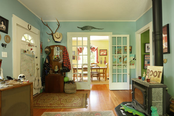 7700-SE-Mitchell-St–Front-Room