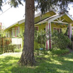 7700-SE-Mitchell-St–Front-Yard-and-Porch-2