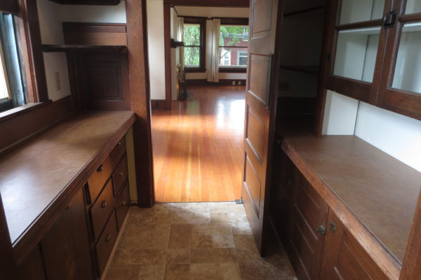 2106 SE Yamhill St-Butler Pantry