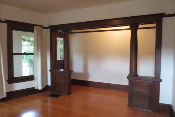 2106 SE Yamhill St- Living Room and Entry Hallway
