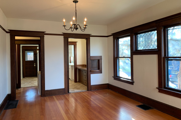 2106-SE-Yamhill-St-dining-room