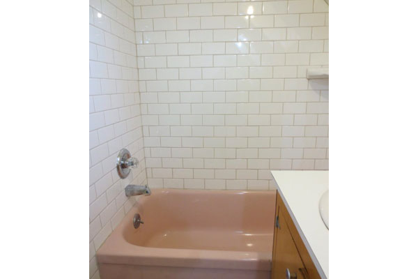 3544-SE-Washington-St–600×400–bathroom