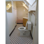3544-SE-Washington-St–600×400–bathroom2