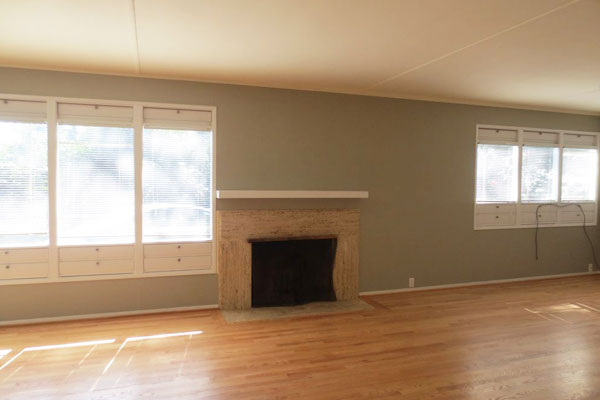 5255-SW-Burton-Drive–living-room