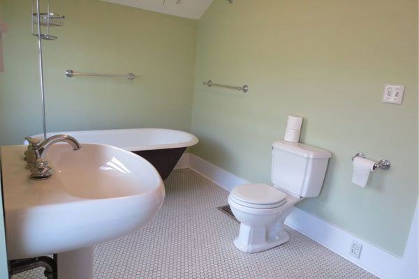 Hawthorne-House–bathroom3