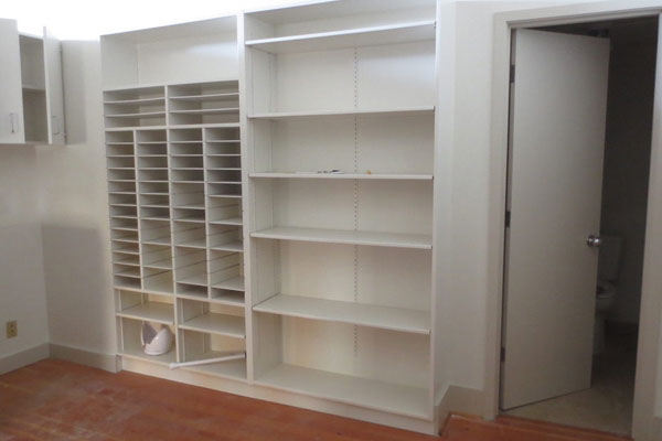 915 Commercial St- Shelving and Bathroom