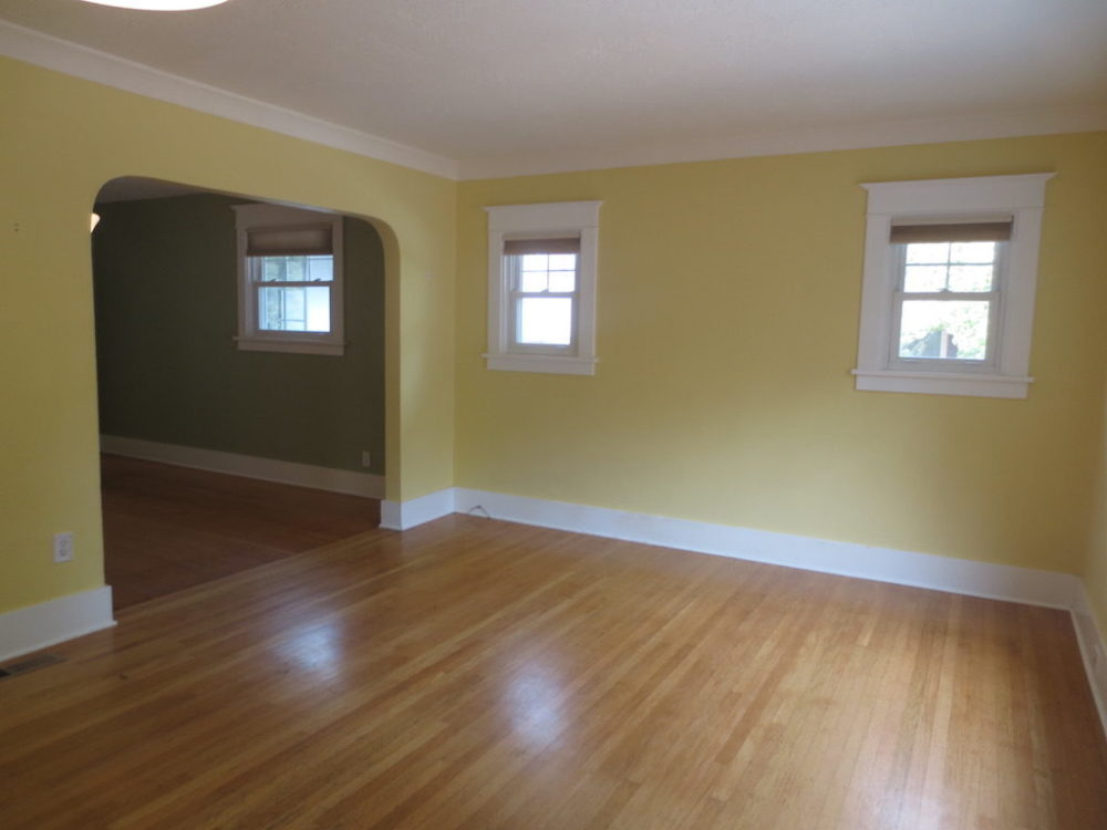 2725-SE-36th-Ave–Living-Room3-raw