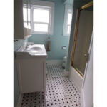 2725 SE 36th Ave- Bathroom