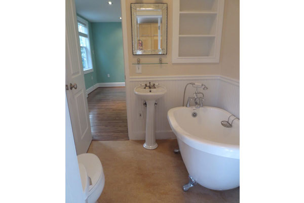 1134-SE-Marion–600×400–downstairs-bathroom