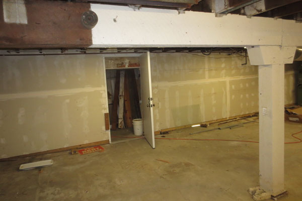 905-Commercial-St.–updated–storage-basement3