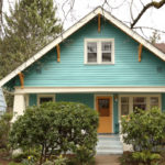 Roomy and sunlit home available in NE Portland close to bustling Alberta.