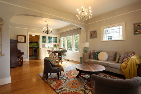 4806-NE-36th-Ave–living-room-and-dining-room2