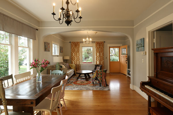 4806-NE-36th-Ave–living-room-and-dining-room3