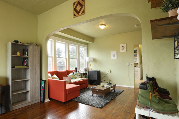 5254-N-WILLIAMS-AVE–front-room-1c