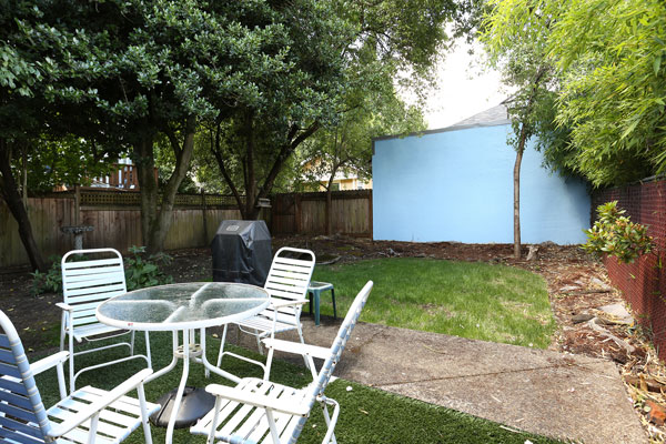 1317-SE-37th–backyard2