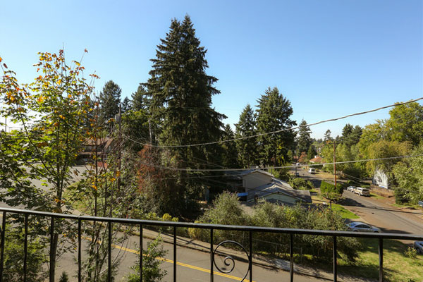 800-854-NE-Ave–view-from-porch